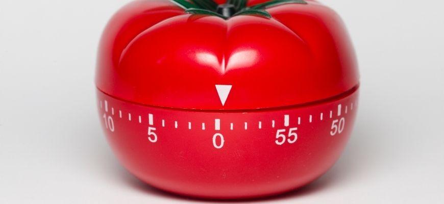 Blog-success-secret-Alans-Hacks-How-I-Overcame-Procrastination-in-8-Steps-to-Ace-Year-12-pomodoro